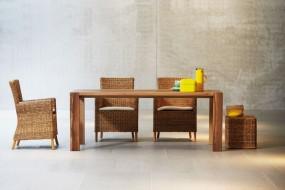 BELUGA Tisch