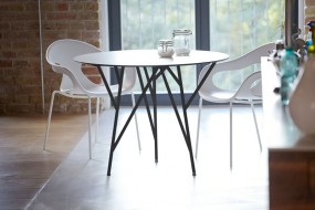 ASTWERK Tisch