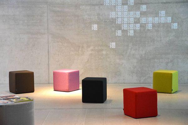 SITTING Sitzwürfel Softy rot, 42 x 40 x 40 cm