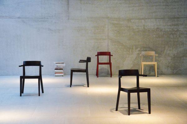 HAWELKA Stuhl mit Armlehne wenge