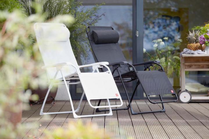 jan kurtz jan kurtz sonnenliege amida liege amida sonnenliege amida liege amida sonnenliege. Black Bedroom Furniture Sets. Home Design Ideas