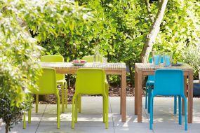 SAMOA Tisch
